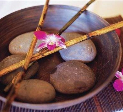 Amman Away Spa Hot Stone Massage